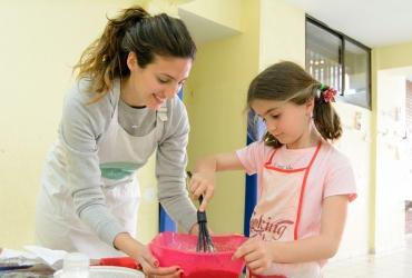 Niños cocinando: Los 10 beneficios de incluir a los niños en la cocina