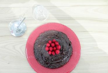 Receta de tarta de chocolate y aguacate